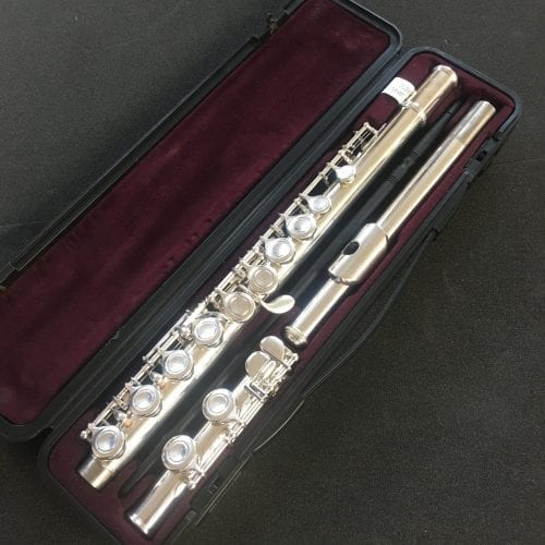 Yamaha YFL211 Flute Outfit