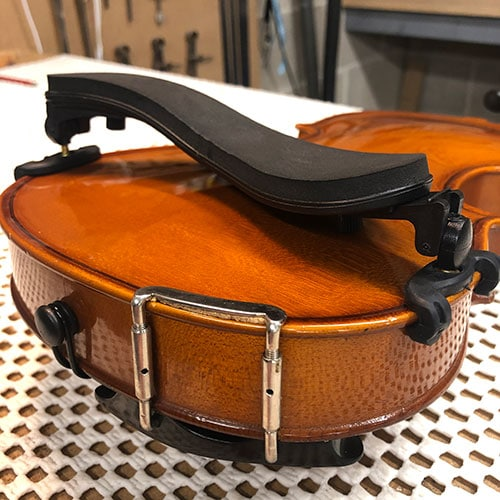 Violin Shoulder Rest - Fitting
